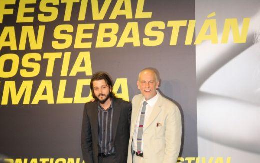 Diego Luna & John Malkovich