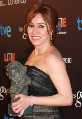 LOLA DUEÑAS - BEST ACTRESS - YO TAMBIEN