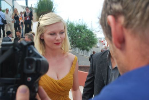 Kirsten Dunst arriving at the palais