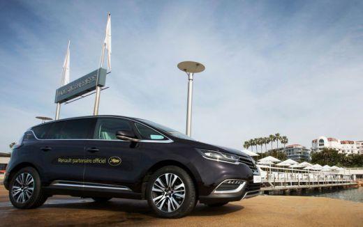Renault fait le choix de Nouvel Espace pour sa flotte cannoise de 200 véhicules dédiés à l'évènement.