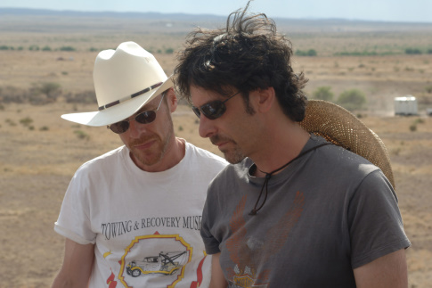 Ethan and Joel Coen On Location for NO COUNTRY FOR OLD MEN