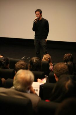 Boo Junfeng introduces his film SANDCASTLE at [SIN]efest