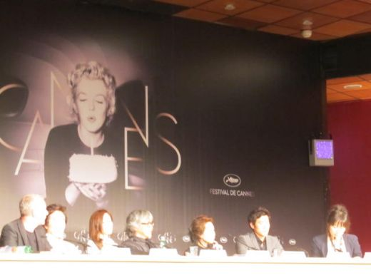 DO-NUI MAT (L'IVRESSE DE L'ARGENT) press conference Cannes 2012