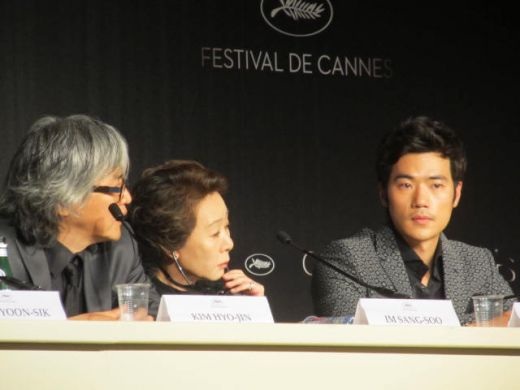 DO-NUI MAT (L'IVRESSE DE L'ARGENT) press conference Cannes 2012