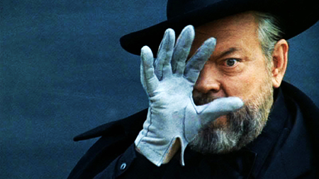 Orson Welles in F for Fake, 1974