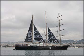 Signora del vento Lancia Boat
