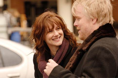 Laura Linney + Philip Seymour Hoffman in THE SAVAGES