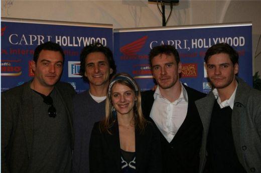 Mélanie Laurent et L'équipe de Inglourious Basterds au festival de Capri le 31 décembre 2008
