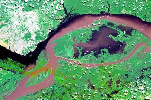 The amazon meets Rio Negro
