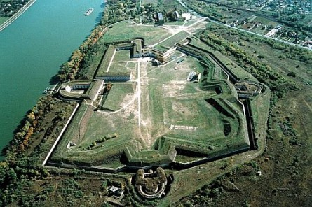 Fort Monostor, Komárom, festival venue