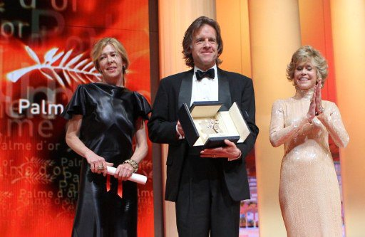 Producers Bill Pohlad and Dede Gardner (Left) pose with US actress Jane Fonda  AFP/Valéry Hache