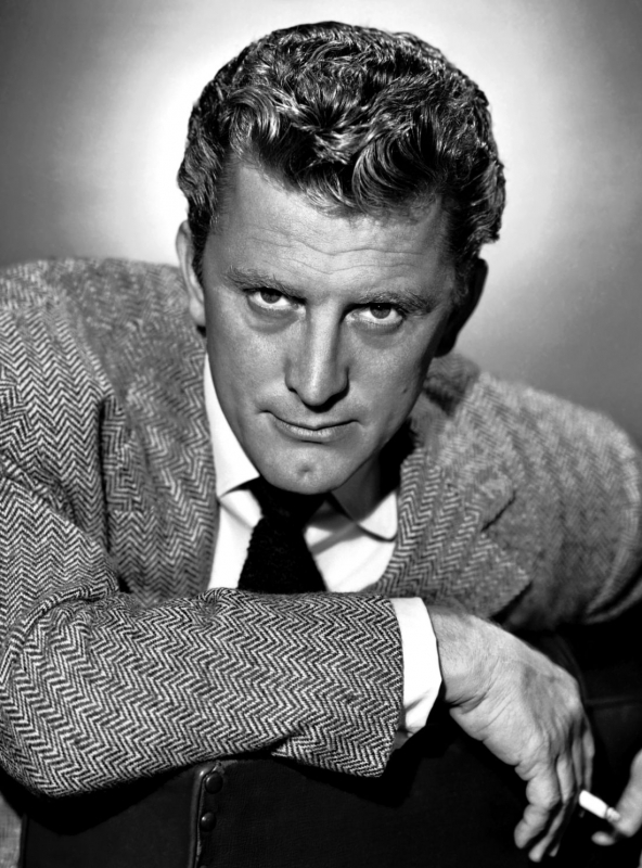 Kirk_douglas_photo_signed.jpg