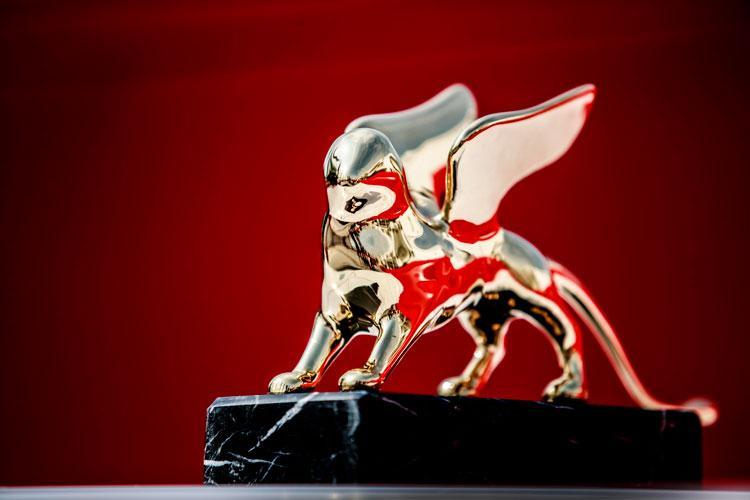 leone-rosso-ve2.jpg