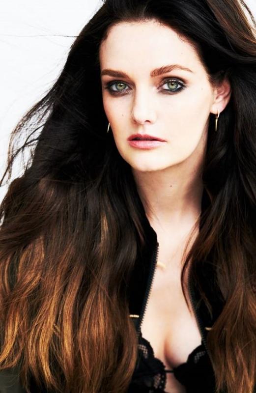Lydia%20Hearst.jpg